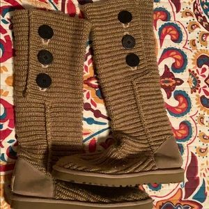 Ugg classic Cardy Brown / tan size 9
